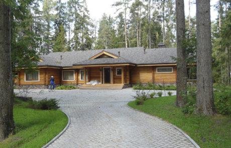Деревянный дом из клееного бруса в Новгородской области